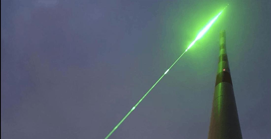 Un super laser per controllare i fulmini. L'esperimento europeo può salvare migliaia di vite