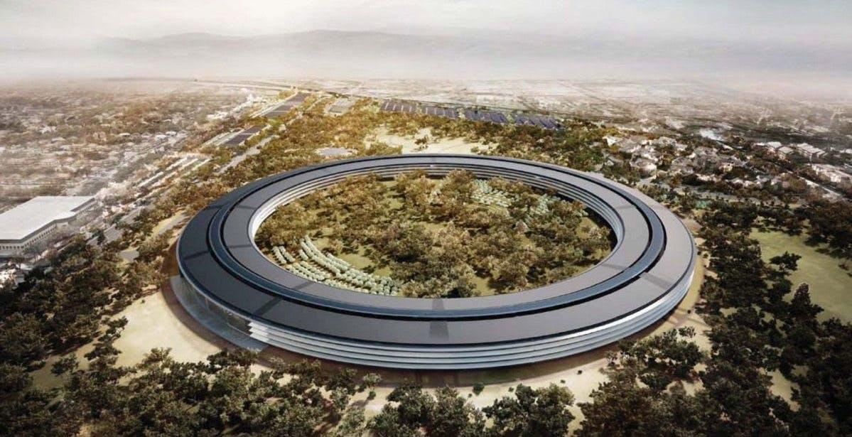 L'onda lunga del Me Too colpisce anche Apple: quindici dipendenti denunciano molestie e discriminazioni