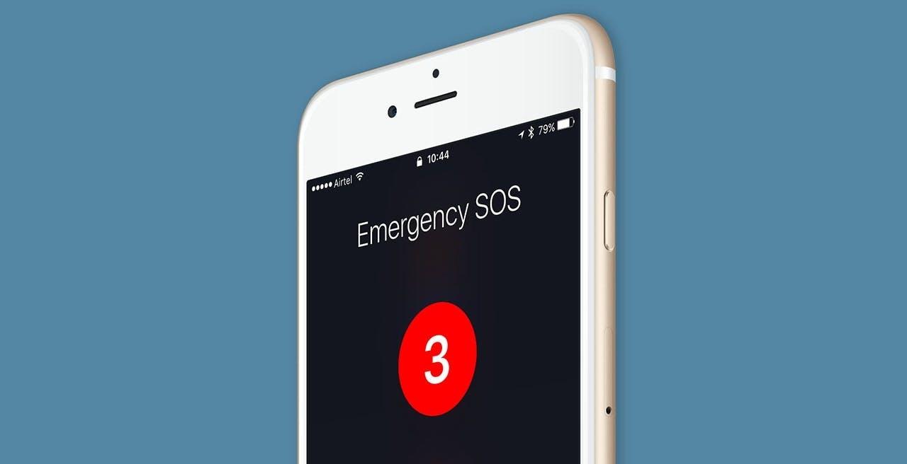"""iPhone 13 e connettività satellitare, l'indiscrezione di Bloomberg: """"Servirà solo per gli SMS d'emergenza"""""""