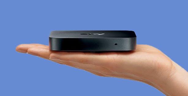 C'è un nuovo Sky Q, è più piccolo, ha il tuner DVB-T2 e nasce per lo streaming