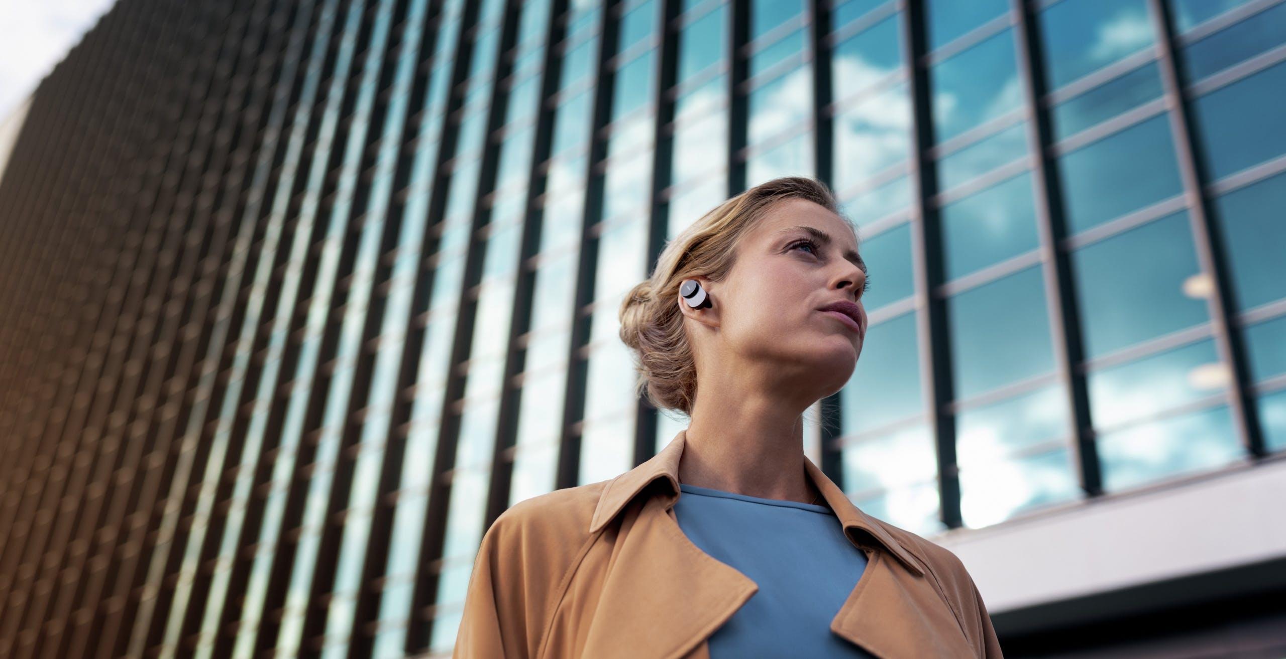 Philips Fidelio T1, l'auricolare wireless con LDAC, ANC e 35 ore di autonomia