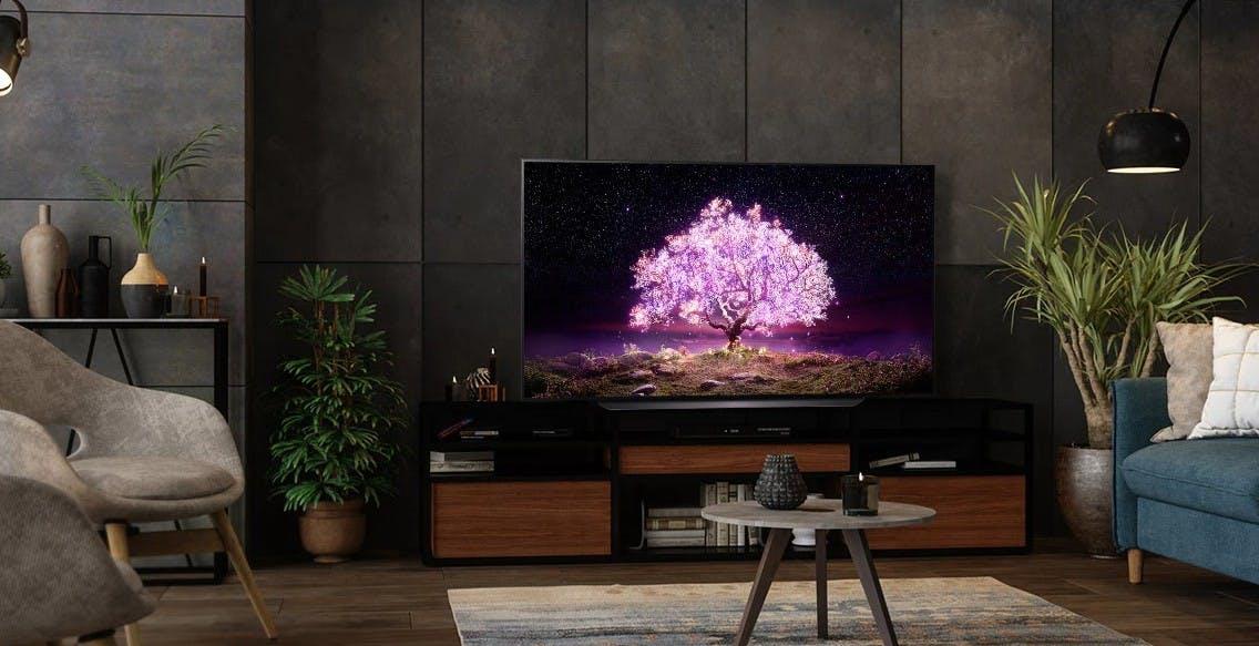 "Yeppon compie 10 anni. Le offerte: TV QLED 75"" Samsung a 1.899 euro, OLED LG 77"" a 2.699 euro e AirPods 2 a 109 euro"