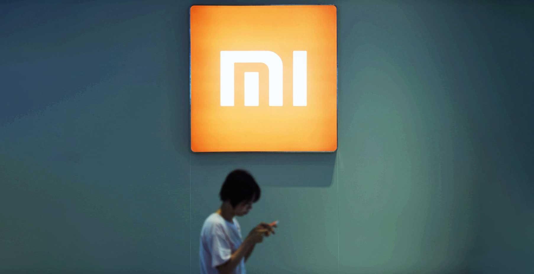 """La Lituania contro i telefoni Xiaomi: """"Buttateli via, sono controllati"""". La risposta di Xiaomi"""