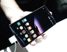 LG G Flex 2, più potente, più bello e costa meno - First look e video