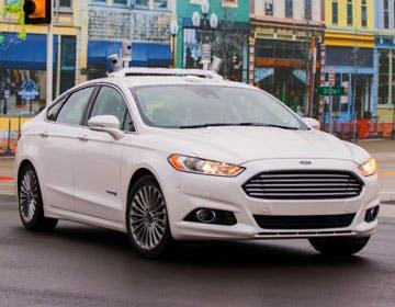 Ford ci racconta l'auto che guida da sola. E sull'accordo con Google...