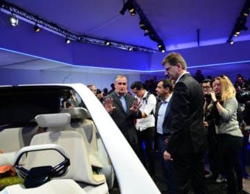 Intel preme l'acceleratore sui sistemi a guida autonoma lanciando Intel Go