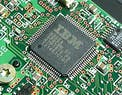 IBM, Samsung e GlobalFoundries creano il primo chip a 5 nanometri