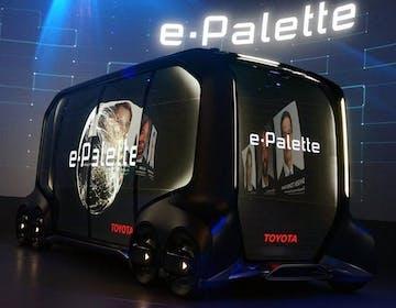 Toyota presenta e-Palette, il futuro del commercio on demand e dello sharing