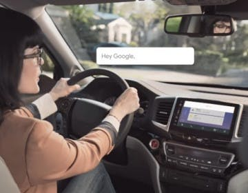 Google Assistant pigliatutto: ora anche alla guida con Android Auto