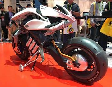 Yamaha alla conquista del CES con moto elettriche e autonome