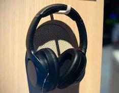 Piccoli importanti perfezionamenti per le cuffie Sony che non temono il rumore