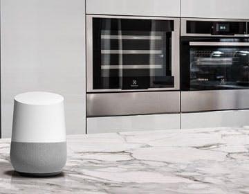 Electrolux ha un forno che parla: merito di Google Assistant