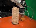 Giocando a Jenga il MIT insegna le basi della fisica a un robot