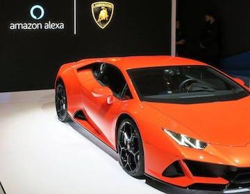 Lamborghini porta l'assistente Amazon Alexa a bordo. L'annuncio al CES