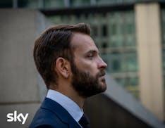 Diavoli: da venerdì su Sky Atlantic la serie sui giochi di potere della finanza mondiale
