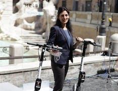 Roma riparte da 1.000 monopattini elettrici: avviato da Helbiz il servizio di sharing