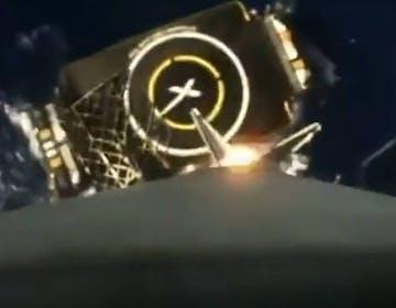 Ennesimo rientro per lo stadio Falcon 9, ecco il video integrale dell'atterraggio