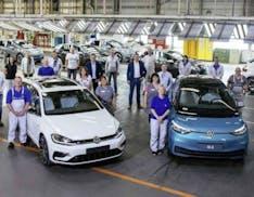 Volkswagen, stop alla produzione di auto a benzina a Zwickau. Si produrranno solo auto elettriche