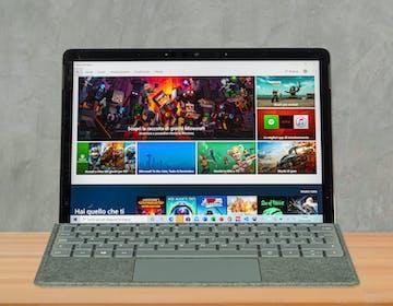 Surface Go 2, recensione. Versatile e piccolo piace a tutti, dai bambini agli sviluppatori