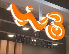 WindTre, servizi a pagamento attivati senza consenso. Milioni di euro guadagnati illecitamente, undici indagati