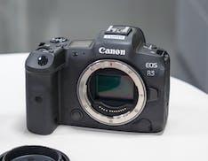 EOS R5 e R6 ufficiali. 20 fps, 8K e IBIS: il futuro di Canon è mirrorless