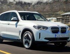 Svelato il SUV elettrico BMW: iX3 mantiene lo stile tradizionale