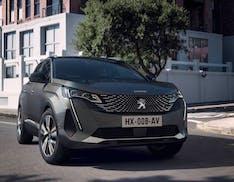 Ecco il nuovo Peugeot 3008. Due le versioni ibride, con autonomia di oltre 50 km in elettrico