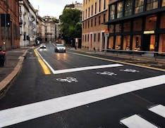 Milano, continua la rivoluzione: piste ciclabili, bici in contromano e auto a 30 km/h (con autovelox)