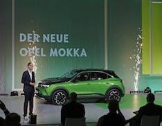 Nuova Opel Mokka, lancio ufficiale: da subito elettrica, con gli incentivi costa 23.000 euro