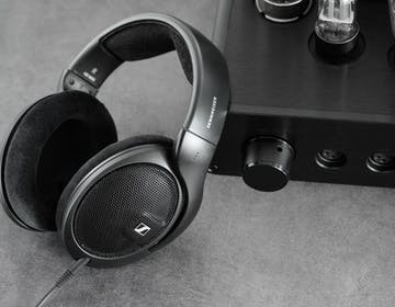 Sennheiser HD560S: la cuffia che pensa ancora agli appassionati di musica