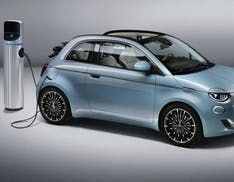 Ricarica auto elettrica, quanto mi costi? Ecco i prezzi dei principali servizi di ricarica pubblica