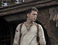 Tom Holland è Nathan Drake, prime foto dal set di Uncharted