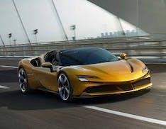 Ferrari presenta la SF90 Spider, plug-in hybrid da 1000 cavalli. Esordisce l'eManettino