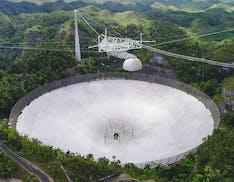 L'osservatorio più famoso al mondo è in pericolo: potrebbe collassare, poca manutenzione