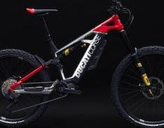La TK01-RR è la nuova eBike Ducati, motore Shimano EP8 e sospensioni Ohlins