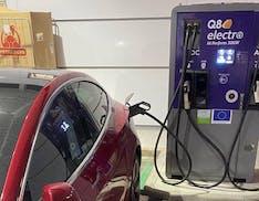 DDL Bilancio e auto elettriche, nuovo emendamento per forzare le colonnine in autostrada