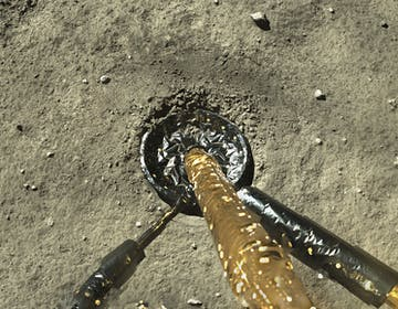 La missione cinese Chang'e-5 sta raccogliendo i campioni di roccia lunare più recenti della storia dell'uomo
