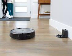 Ufficiale Roomba i3+: svuota il cassetto raccoglipolvere da solo come i top di gamma, a 699 euro