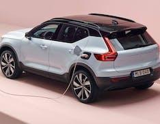 """Volvo, solo auto elettriche entro il 2030: """"il motore a combustione non ha futuro"""""""