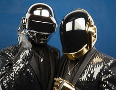 Il tributo del machine learning ai Daft Punk. Guarda la strana opera del compositore Glenn Marshall