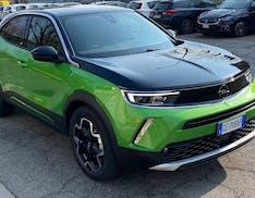 Opel Mokka-e, il test drive. L'auto elettrica (bella) che mancava