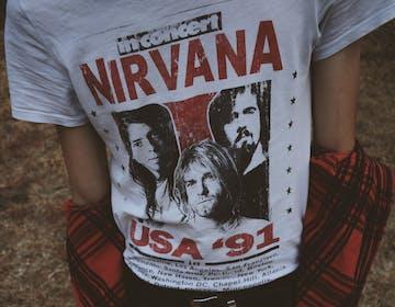 Un'intelligenza artificiale ha scritto una nuova canzone dei Nirvana