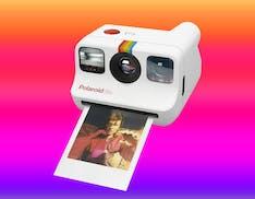 Ecco Polaroid Go, la macchina fotografica istantanea più piccola del mondo