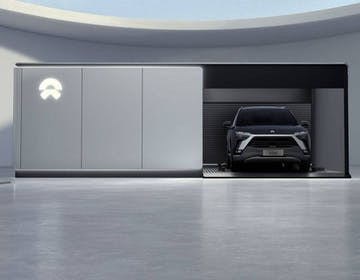 NIO ci prova davvero: porta le stazioni di scambio batteria in Europa (e le sue auto)
