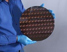 IBM ha realizzato il primo processore a 2 nm. Prestazioni su del 45%, consumi giù del 75%
