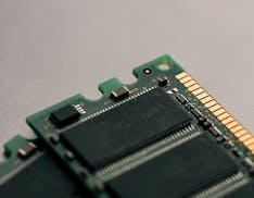 Samsung, SK Hynix e Micron Technology accusate di gonfiare i prezzi delle memorie. Istruita una nuova class action