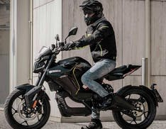 La moto elettrica Voge ER10 arriva sul mercato italiano, a 6.590 euro