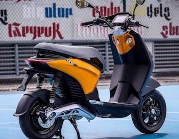 Scooter elettrico Piaggio One, svelate versioni, specifiche e prezzo