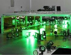 """La Cina sperimenterà il laser più potente di sempre: 100 petawatt capaci di """"rompere il vuoto"""""""