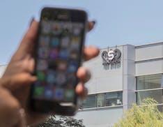 Giornalisti e attivisti spiati con il software israeliano: l'inchiesta delle ONG rivela una fitta rete di sorveglianza da remoto